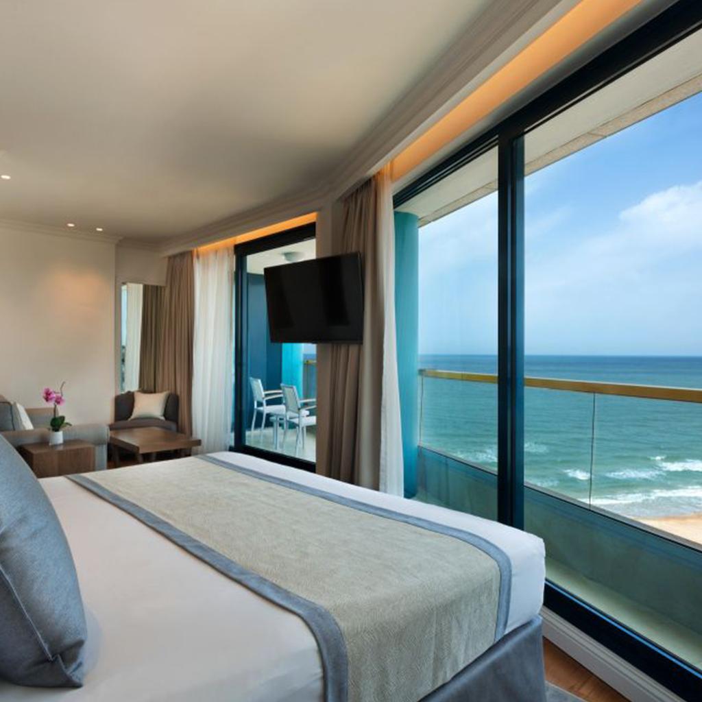 Okeanos Suites Herzliya Hotel