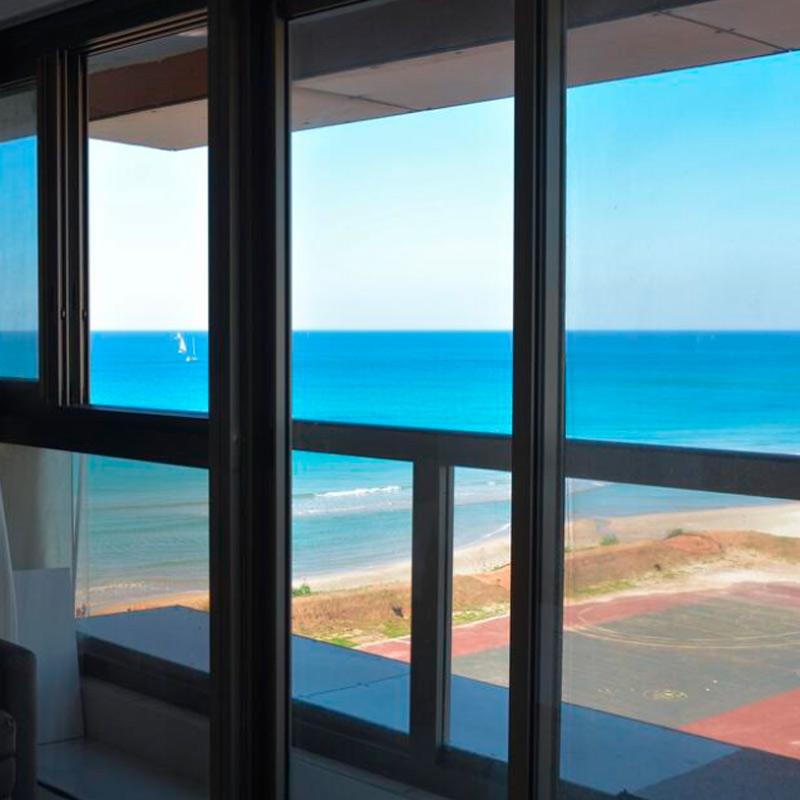 Beachfront Boutique Apartment with Balcony in Herzliya