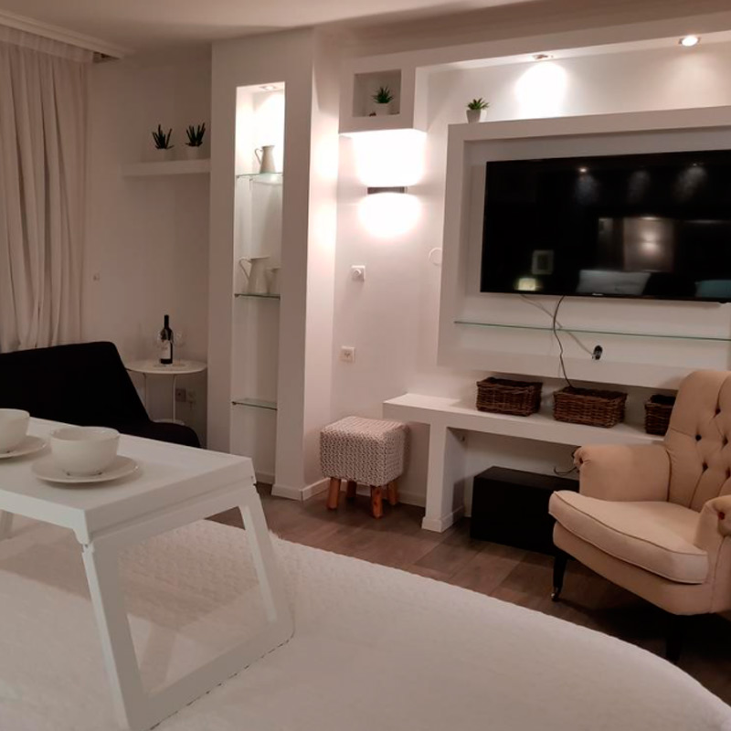 cosy studio apartment in herzliya luxury hotel